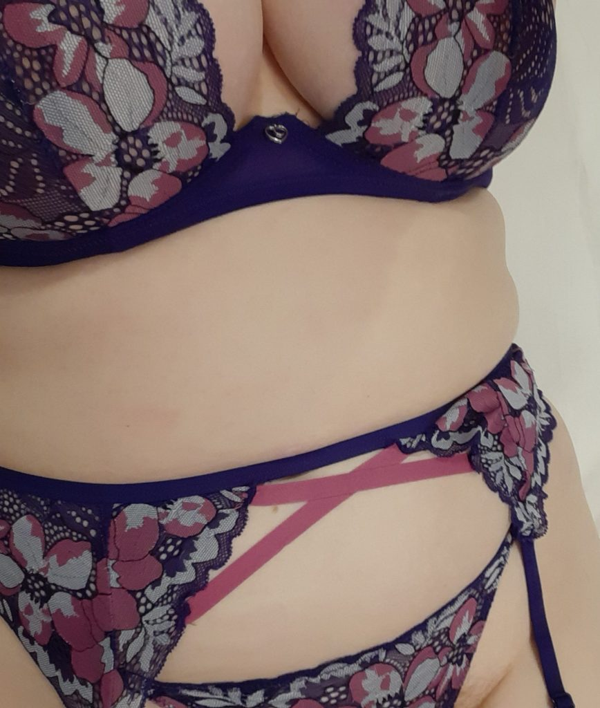 Me in the purple floral Passion Flower Bra Set