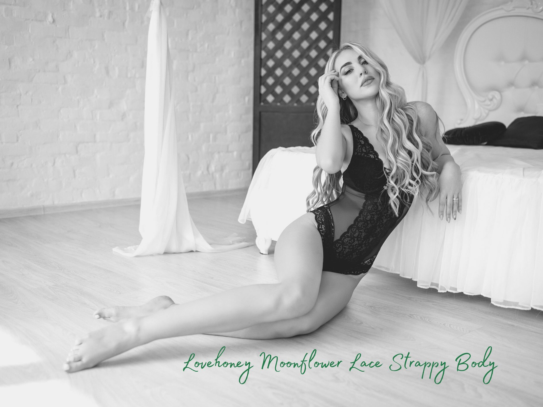 [Lingerie Review] Lovehoney Moonflower Emerald Green Lace Strappy Body